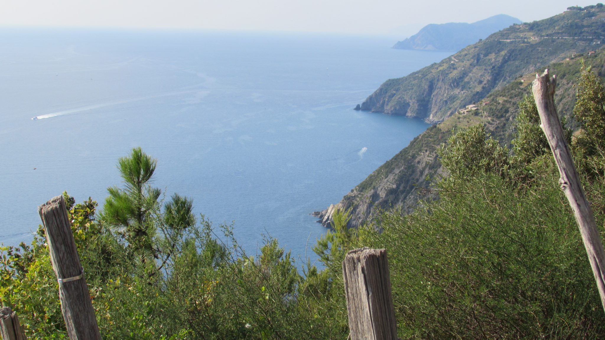 Hiking in Cinque Terre: make it a luxury experience