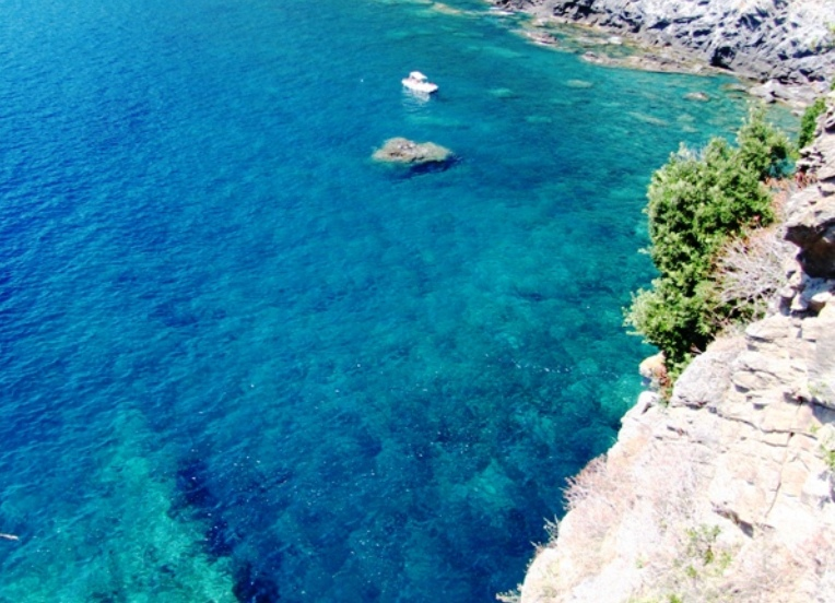 Cinque Terre is of course in our list of best beaches in Liguria where to go