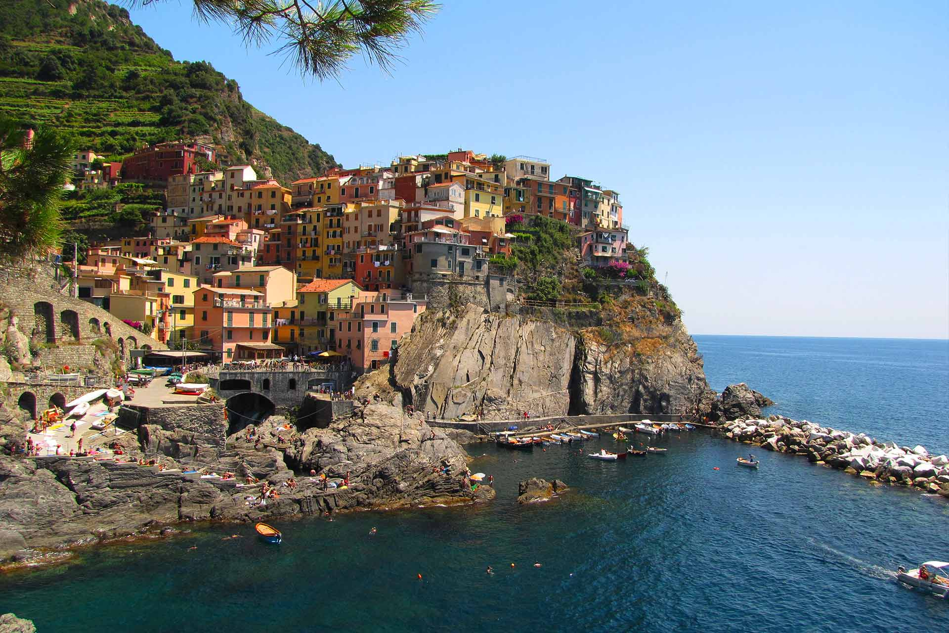 How long to stay in Cinque Terre?