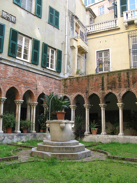 San Matteo cloister in Genoa by ho visto nina volare