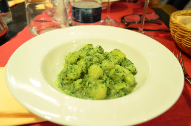 A perfect dish of gnocchi with pesto sauce