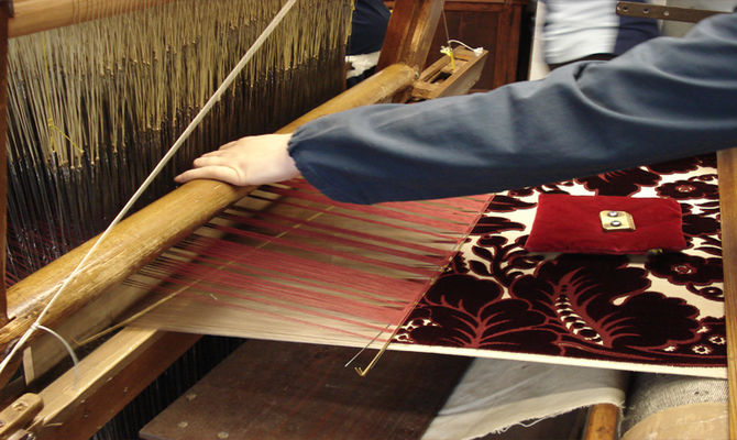 Artisans tour - visitng the old looms in the Italian Riviera