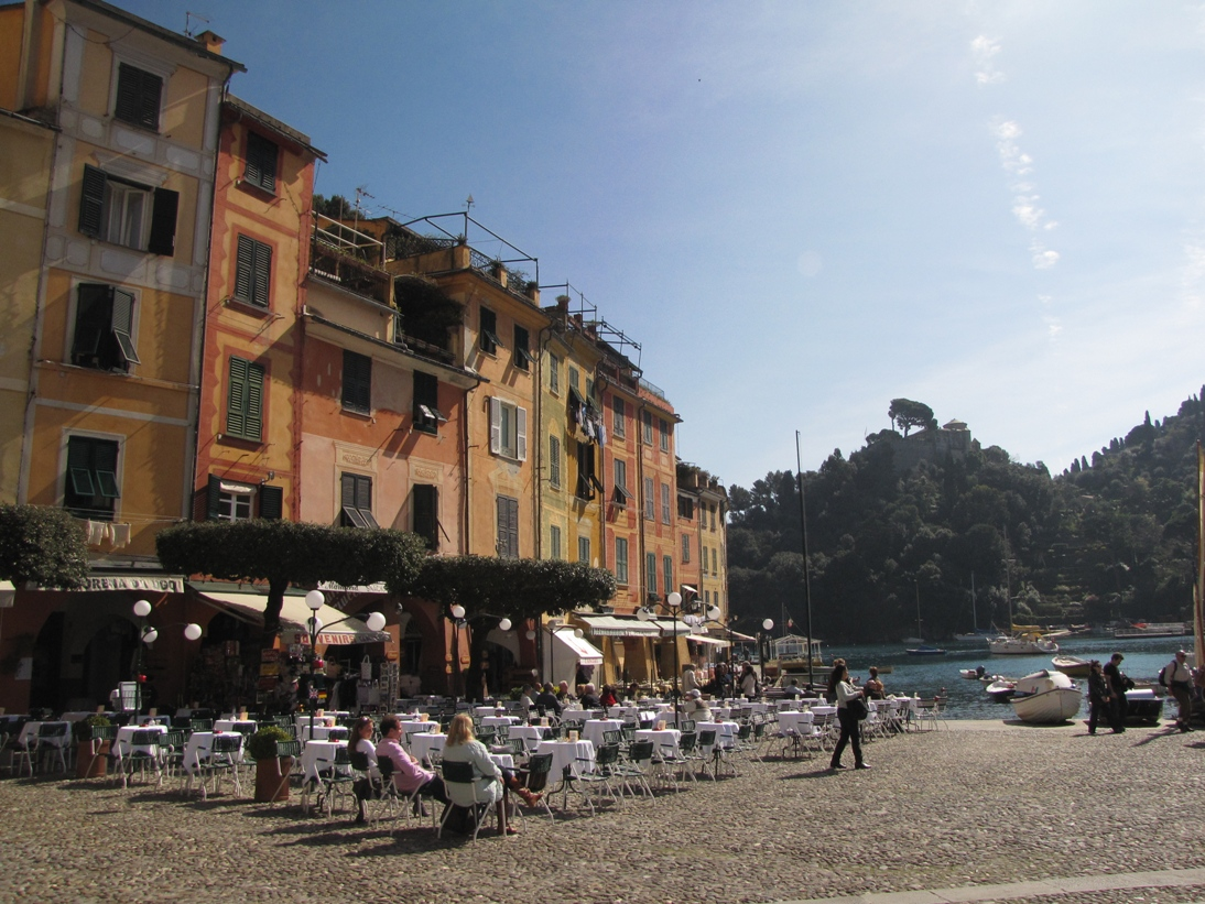 Relaxing in the picturesque square is one of the best things to do in Portofino
