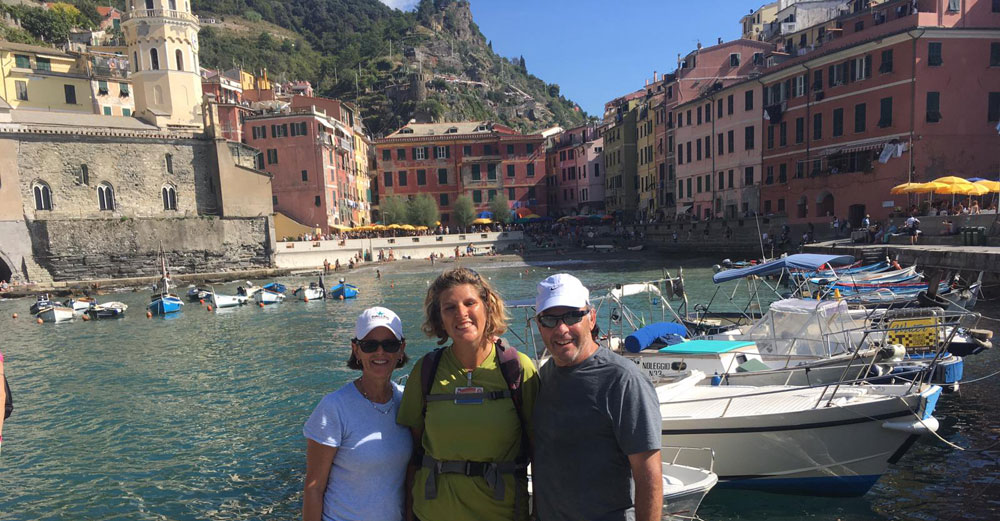 Tour Cinque Terre with insider local