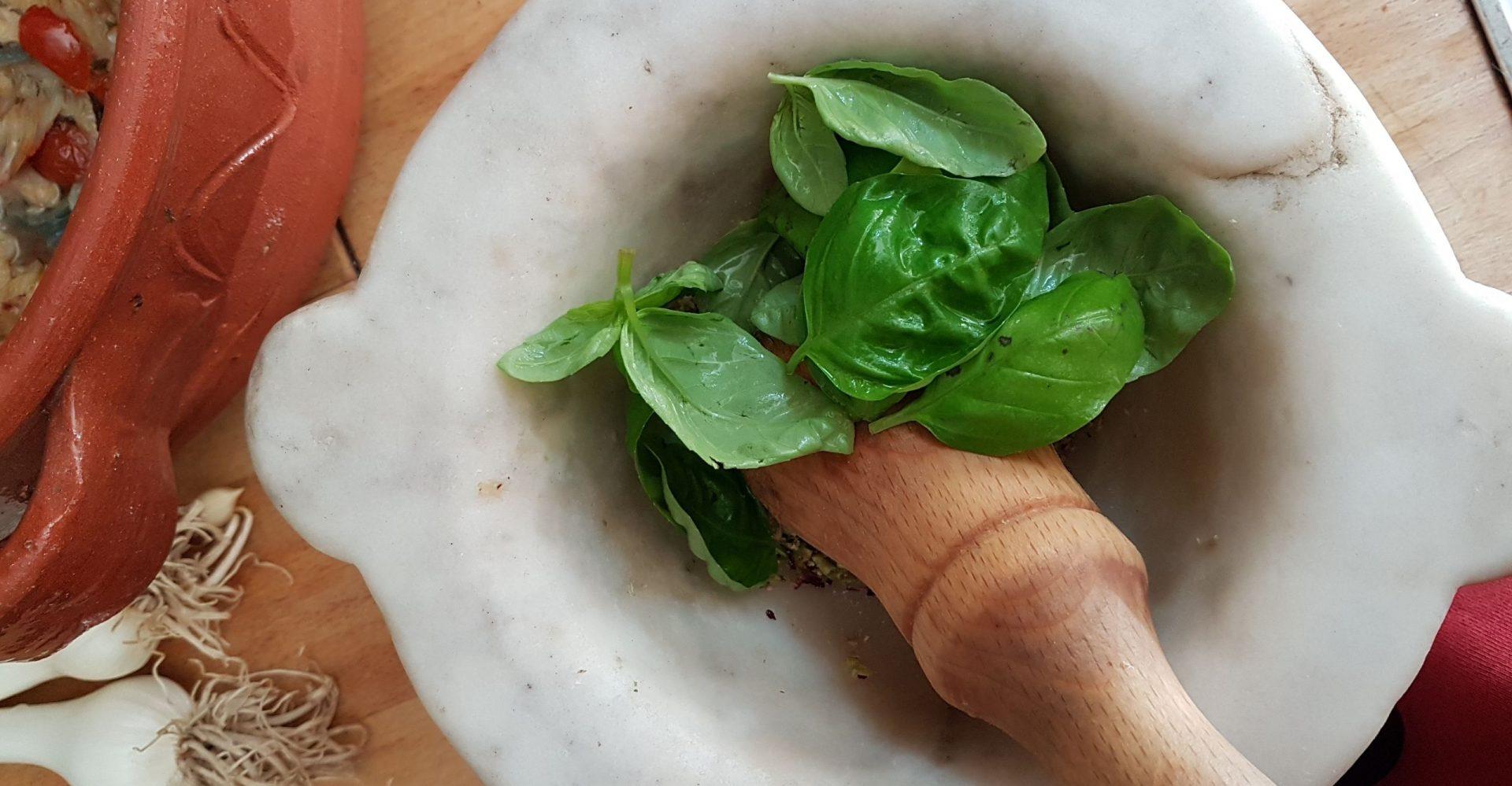 pesto cooking lesson