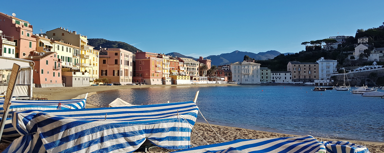 Discover the perfect base to visit Cinque Terre and Portofino