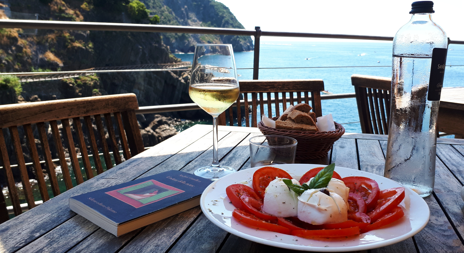 Best places for an aperitif between Portofino and Cinque Terre