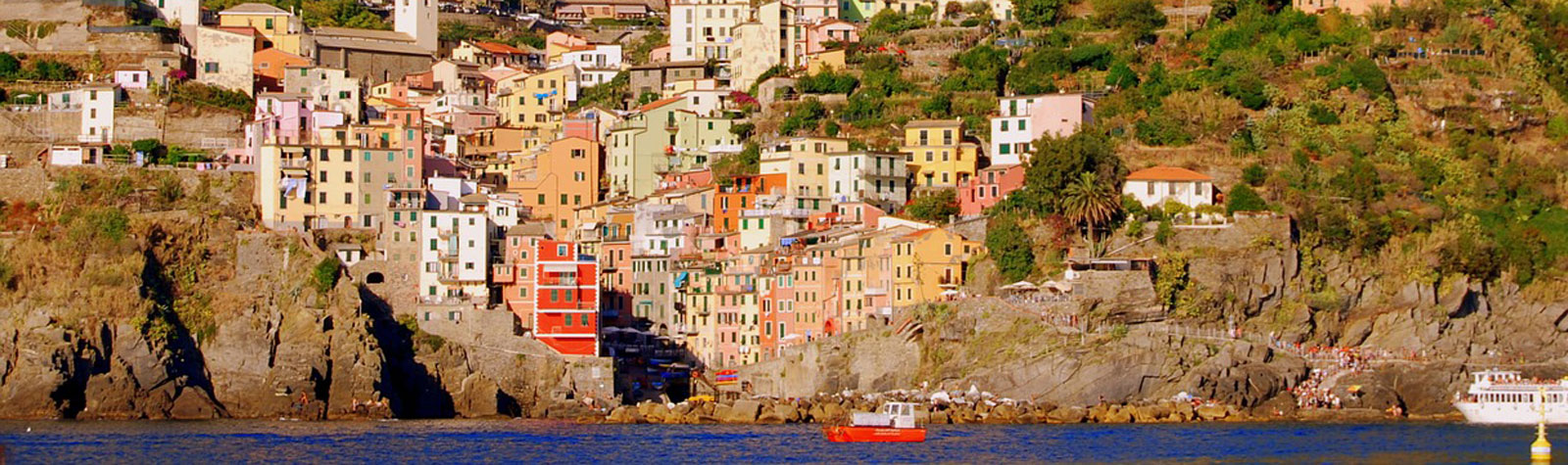 All that you need to know about boat trips in Cinque Terre